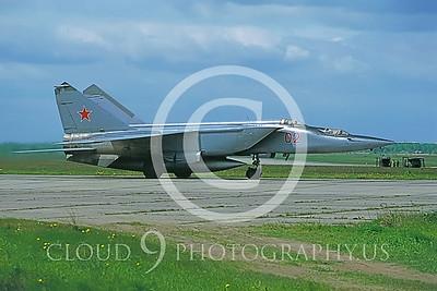 MiG-25 00009 Mikoyan-Gureyvich MiG-25PU Foxbat Soviet 1991 by Wilfried Zetsche AirDOC Collection
