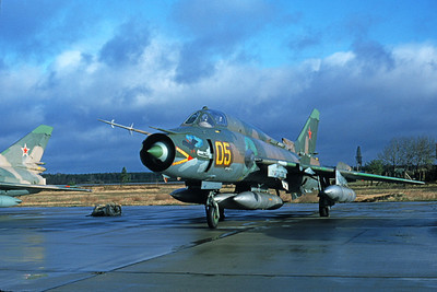 Su-17 00023 A static Sukhoi Su-17 Fitter Soviet Air Force 05 8-1989 military airplane picture by Wilfried Zetsche