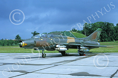Su-22 00041 A static Sukhoi Su-22 Fitter German Air Force 25 54 7-1991 military airplane picture by Wilfreid Zetsche