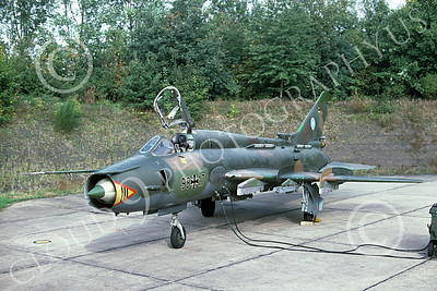Su-22 00019 A static Sukhoi Su-22 Fitter German Air Force 98 17 7-1991 military airplane picture by Wilfreid Zetsche