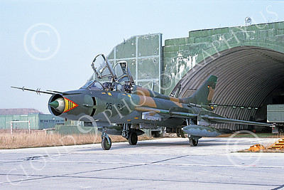 Su-22 00033 A static Sukhoi Su-22 Fitter German Air Force 25 53 3-1991 military airplane picture by Wilfreid Zetsche