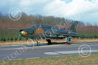 Su-22 00023 A static Sukhoi Su-22 Fitter German Air Force 25 28 4-1993 military airplane picture by Phil Prandini