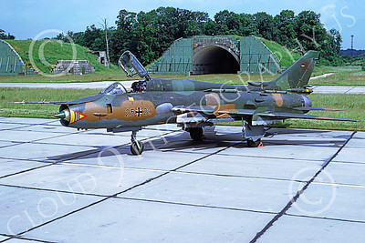 SU-22 00017 A static Sukhoi Su-22 Fitter German Air Force 25 29 7-1991 military airplane picture by Meinolf Krassort