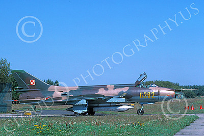 Su-22 00015 A static Sukhoi Su-22 Fitter Polish Air Force 6262 9-1991 military airplane picture by W Gysin-Aegerter