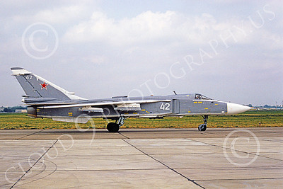 Su-24 00027 A taxing Sukhoi Su-24 Fencer Soviet Air Force 42 6-1992 military airplane picture by Wilfreid Zetsche