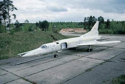 Tupolev Tu-22M Backfire 00005 A static Soviet Air Force Tupolev Tu-22M Backfire strategic bomber 5-1990, by Wilfried Zetsche