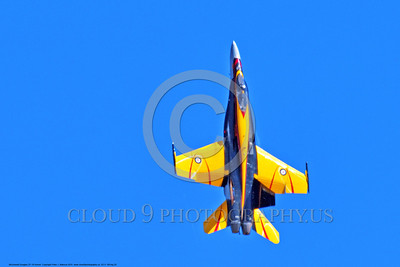 EE-F-18Forg 0020 A flying, climbing, colorful McDonnell Douglas CF-18 Hornet jet fighter Canadian Armed Forces 188761 410 Sqd COURGARS 9-2016 military airplane picture by Peter J  Mancus