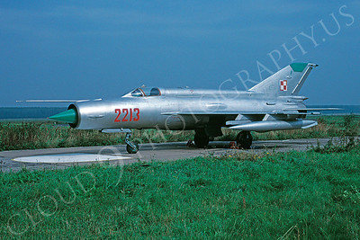 Mikoyan-Guryevich MiG-21 Fishbed 00037 Mikoyan-Guryevich MiG-21 Fishbed Polish Air Force 2213 by Peter R Foster 25 September 1994 via African Aviation Slide Service
