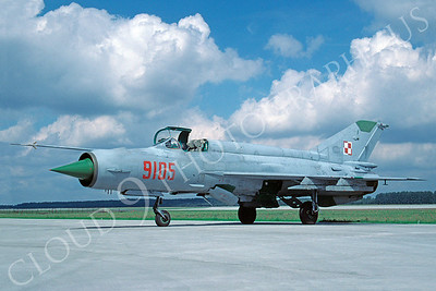 Mikoyan-Guryevich MiG-21 Fishbed 00035 Mikoyan-Guryevich MiG-21 Fishbed Polish Air Force 9105 August 2002 via African Aviation Slide Service