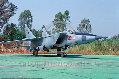 MiG-25 00013 A static Indian Air Force Mikoyan-Guryevich MiG-25R Foxbat strategic recce aircrat military airplane picture by P  Steinemann  DONEwt