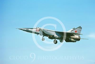 MiG-25 00008 Mikoyan-Gureyvich MiG-25 Foxbat Soviet 1991 by Wilfried Zetsche AirDOC Collection