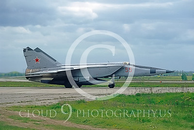 MiG-25 00011 Mikoyan-Gureyvich MiG-25 Foxbat Soviet 1991 by Wilfried Zetsche AirDOC Collection