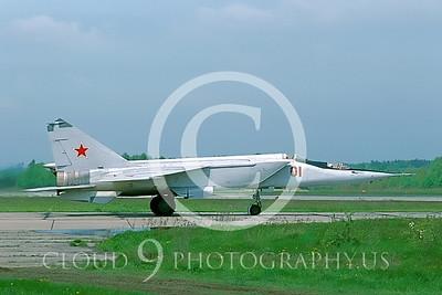 MiG-25 00014 Mikoyan-Gureyvich MiG-25 Foxbat Soviet 1991 by Wilfried Zetsche AirDOC Collection