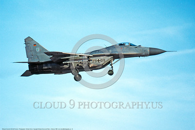 MiG-29 00014 A landing German Air Force Mikoyan-Gurevich MiG-29 Fulcrum jet fighter 29 + 08 11-1999 military airplane picture by Michael Grove