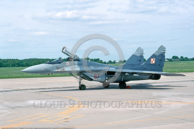 MiG-29 00003 A static Polish Air Force Mikoyan-Gurevich MiG-29 Fulcrum jet fighter 6-2008 military airplane picture by Wayne Holcumb DONEwt