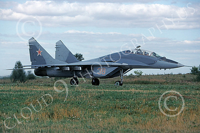 MiG-29UB 00011 A taxing Mikoyan-Guryevich MiG-29US Fulcrum Soviet Air Force 8-2009 military airplane picture by Burt Parks