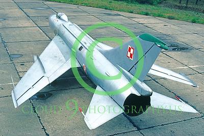 Su-17 00001 Sukhoi Su-17 Fitter Polish Air Force 1990 via AASS