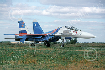 Su-27 00003 A taxing Sukhoi Su-27 Flanker Soviet Air Force 69 8-2009 military airplane picture by Wilfried Zetsche