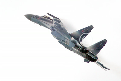 Sukhoi Su-35 00010 A flying Sukhoi Su-35 Flanker Russian Air Force jet fighter 2013 military airplane picture 2013 by Stephen W D Wolf