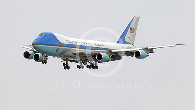 VC-25A 00002A A flying USAF VC-25A, 28000, a Boeing 747-200B, Air Force One, on final approach to land at SFO on 20 April 2011, with President Obama on board, military aircraft picture, by Peter J Mancus
