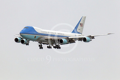 VC-25A 00002 A flying USAF VC-25A, 28000, a Boeing 747-200B, Air Force One, on final approach to land at SFO on 20 April 2011, with President Obama on board, military aircraft picture, by Peter J Mancus