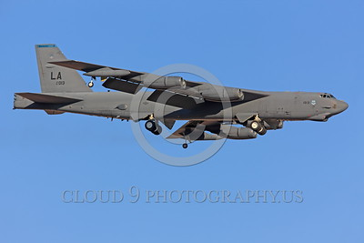 B-52 0014 A landing Boeing B-52H Stratofortress USAF jet bomber 61013 LA code military airplane picture by Peter J Mancus