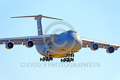 C-5USAF 0066 A landing low viz gray Lockheed C-5B Galaxy USAF heavy lift cargo jet military airplane picture by Peter J Mancus