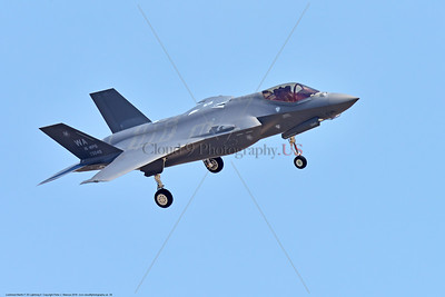 F-35USAF 0028 A landing Lockheed Martin F-35 Lightning II USAF stealth jet fighter 125049 WA code 16 WPS 7-2016 military airplane picture by Peter J  Mancus
