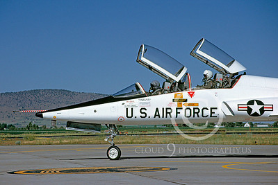 CUNMJ 00067 Northrop T-38 Talon USAF July 1989 by Peter J Mancus