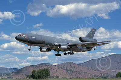 KC-10USAF 00030 A landing McDonnell Douglas KC-10 Extender USAF 40189 March AFB 10-1989 military airplane picture by Michael Grove, Sr