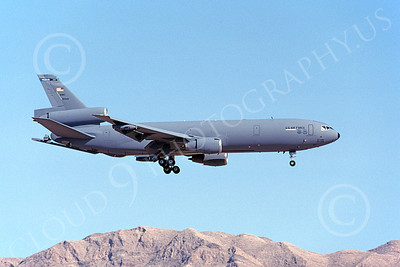 KC-10USAF 00014 A landing USAF Douglas KC-10 Extender 91948 Nellis AFB 8-2000 military airplane picture by Michale Grove, Sr