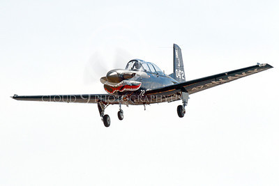 T-34USN 00004 A landing black sharkmouth US Navy Beech T-34C Mentor 0472 NJ code 10-2013 military airplane picture by Peter J Mancus