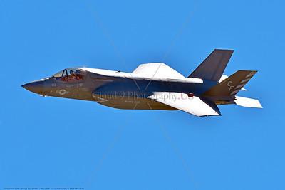 F-35B-VMFA-211 00040 A flying Lockheed Martin F-35B stealth jet fighter USMC 168839 VMFA-211 AVENGERS MCAS Miramar 9-2016 military airplane picture by Peter J  Mancus
