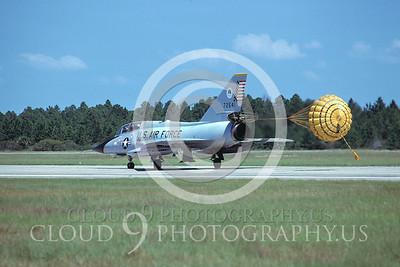 CHUTE 00152 Convair F-106B Delta Dart USAF Nov 1978 by Peter J Mancus