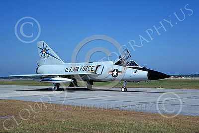 F-106AUSAF 00085 A taxing Convair F-106A Delta Dart USAF 60454 318th FIS GREEN DRAGONS Tyndall AFB 10-1984 military airplane picture by Ray Leader