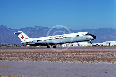 C-9USAF 00031 A landing Douglas C-9 Nightingale USAF 22583 Reno 2-1995 airplane picture by Carl E Porter