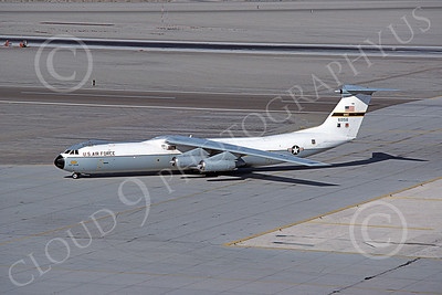 C-141BUSAF 00001 A taxing USAF Lockheed C-141B StarLifter 60156 MCAS Yums 3-1982 military airplane picture by Peter J Mancus