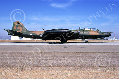 B-57USAF 00017 A static brown-black USAF Martin B-57G Canberra 533860 3-1974 military airplane picture by Michael Grove, Sr