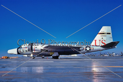 RB-57F-USAF 004 A static Martin RB-57F Canberra, USAF high altitude weather and reconnaissance airplane, 13301,  MAC, D-M AFB 5-1976, military airplane picture by Ben Knowles, Jr      Dt