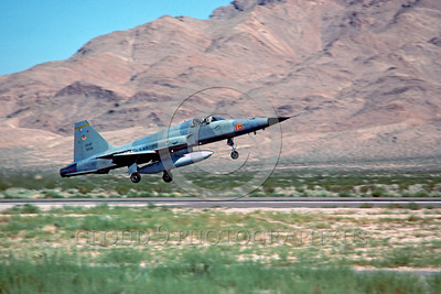 F-5USAF-Fly 00020 A landing Northrop F-5E Freedom Fighter USAF 01516 AGGRESSOR Nellis AFB 1979 military airplane picture by Peter J Mancus