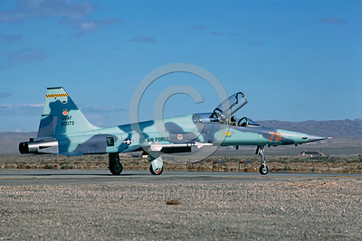 F-5USAF-Aggr 00015 A taxing Northrop F-5F Freedom Fighter USAF 30073 AGGRESSOR Nellis AFB 1-1984 military airplane picture by Rene J Francillon
