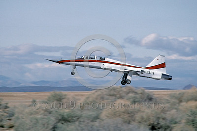 F-5Civ 00004 A landing civilian Northrop F-5F Freedom Fighter Northrop promotional aircraft for USAF N3139Y Edwards AFB 3-1983 airplane picture by Michael Grove, Sr