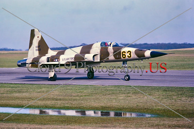 F-5-USAF-527th TFTAS 002 A taxing brown cam Northrop F-5E Freedom Fighter, USAF jet fighter, 01563, 527th TFTAS, 5-1977 Alconbury, military airplace picture by Stephen W  D  Wolf    DDD_4097     Dt
