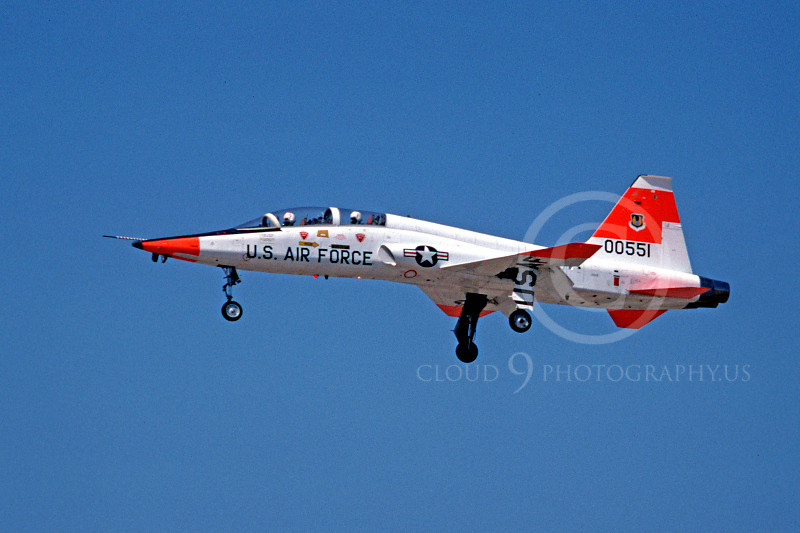 DG 00027 Northrop T-28ATalon USAF 00551 McClellan AFB October 1978 by Peter B Lewis