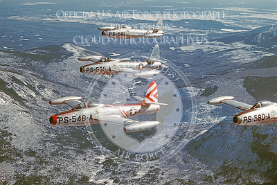 F-84USAF 00002 Repoblic F-84 Thunderjet official USAF photograph