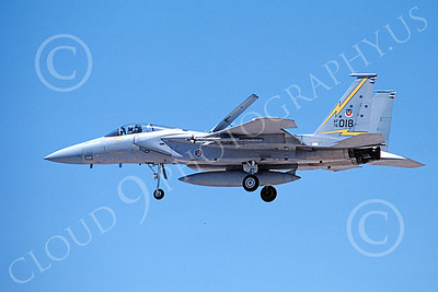 F-15USAF 00162 A landing McDonnell Douglas F-15 Eagle jet fighter USAF 76018 5th FIS SPITTEN KITTENS 7-1987 military airplane picture by Michael Grove, Sr