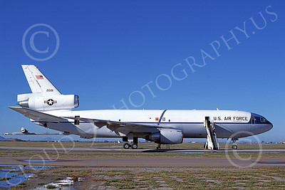 KC-10USAF 00005 A static McDonnell Douglas KC-10 Extender USAF 20191 6-1986 military airplane picture by Michael Grove, Sr