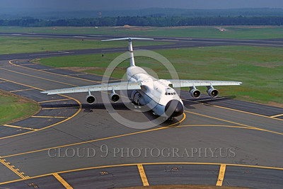 C-5USAF 0005 A static Lockheed C-5A Galaxy USAF heavy lift cargo jet 5-1977 military airplane picture by Ron McNeil