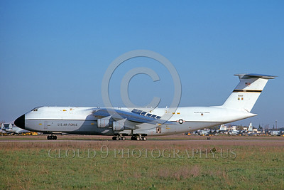 C-5USAF 0015 A taxing Lockheed C-5 Galaxy USAF 90011 McClellan AFB 6-1976 military airplane picture by Michael Grove, Sr