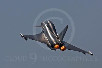 AB - Typ 00014 Eurofighter Typhoon British RAF by Tony Fairey